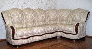 Химчистка диванов из жаккарда в Сургуте 366-946